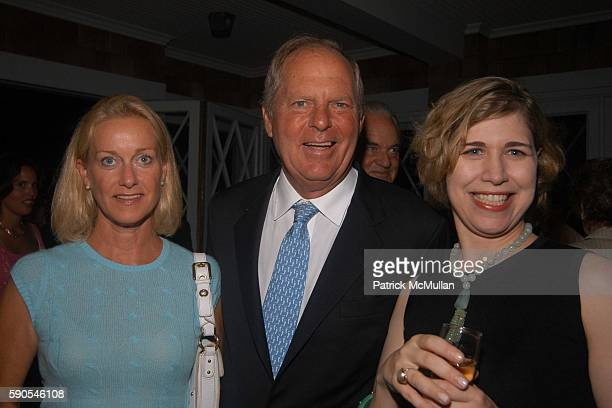 Elsie Nelson Bill Finneran and Dorothy Kauffman attend Frances Hayward Dinner in Celebration of The American Associates of The Royal Academy Trust at...