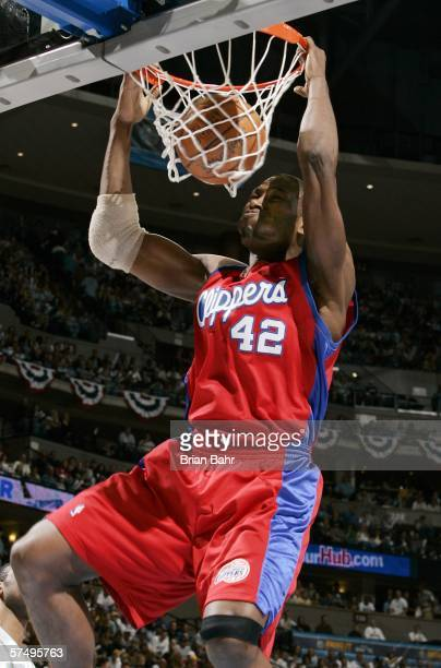 Elton Brand of the Los Angeles Clippers dunks the ball against the Denver Nuggets during game four of the Western Conference Quarterfinals during the...