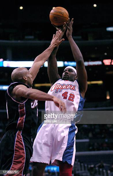 Elton Brand of the Los Angeles Clippers during 9382 victory over the Utah Jazz at the Staples Center on Friday Jan 24 2004