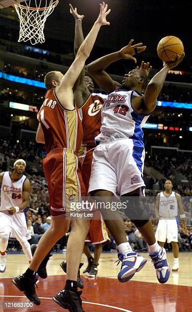 Elton Brand of the Los Angeles Clippers goes up for a shot during the NBA game between the Los Angeles Clippers and the Cleveland Cavaliers at the...