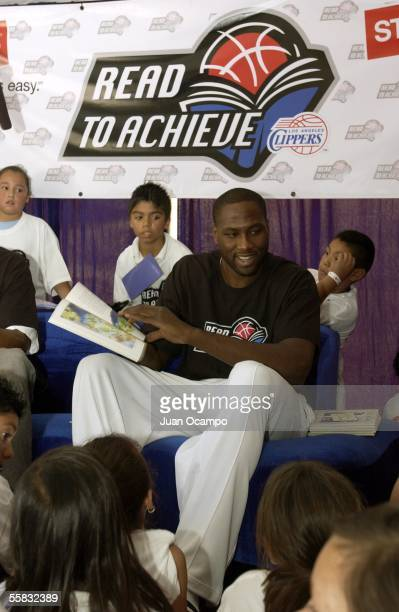 Elton Brand of the Los Angeles Clippers participates in the Clippers tipoff the 200506 school year with local students at the Read to Achieve Back to...