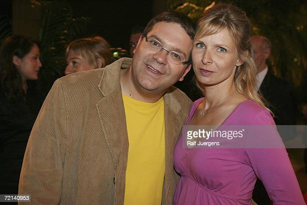 Elton Duszat and Yvonne Duszat attend the German Comedy Awards at The Coloneum on October 10 2006 in Cologne Germany