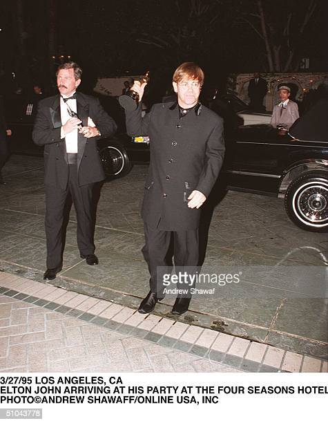 Elton John Arriving At His Party At The Four Seasons Hotel