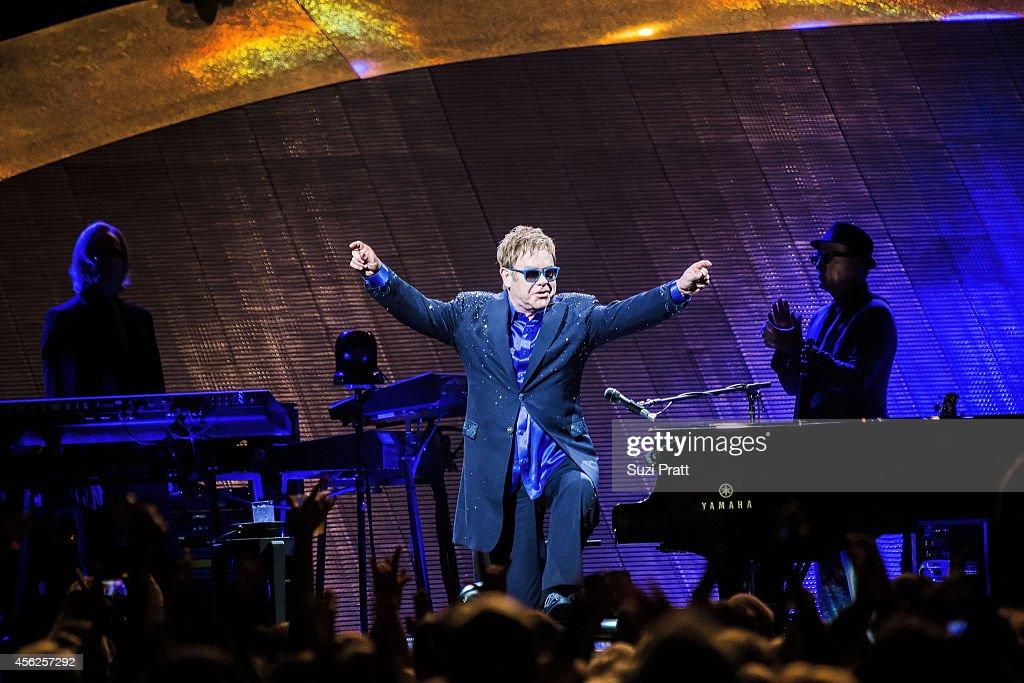 Elton John In Concert - Seattle, WA : News Photo