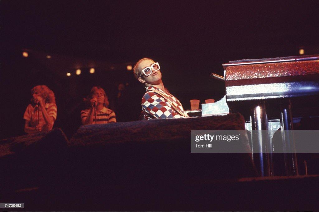 Elton John Plays The Omni, Atlanta : News Photo