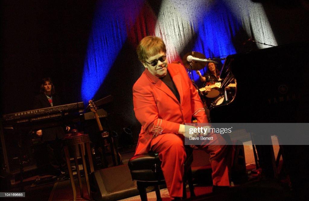 Who Is Elton John Dating Tayo Guitar