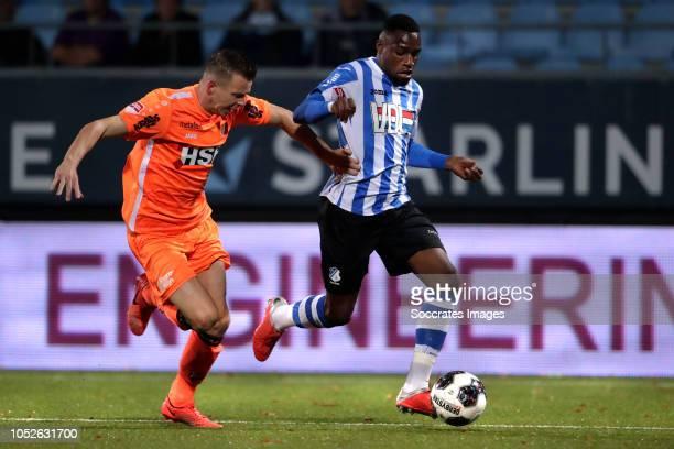 Elton Kabangu of FC Eindhoven, Ties Evers of FC Volendam during the Dutch Keuken Kampioen Divisie match between FC Eindhoven v FC Volendam at the Jan...