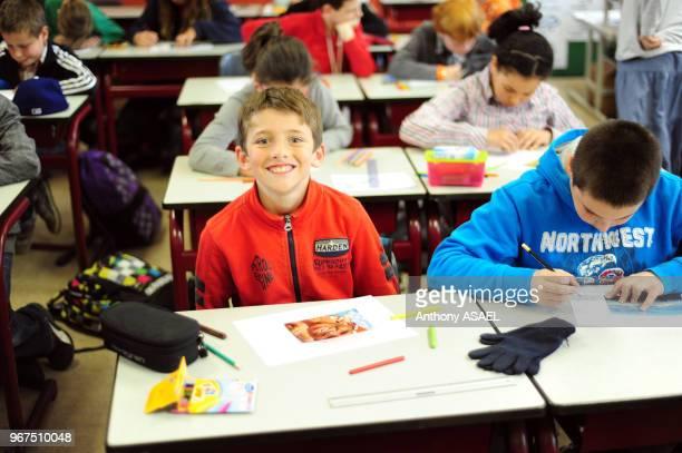 Elèves de l'école primaire 'Basisschool Vijverbeek' Asse dans le Brabant flamant