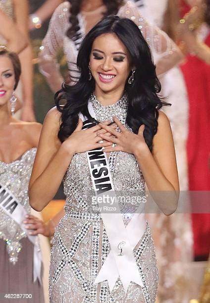 Elvira devinamira pictures and photos getty images elvira devinamira is seen on stage during the 63rd annual miss universe pageant at florida international reheart Images
