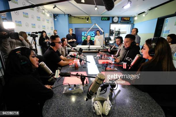 Elvis Duran interviews the cast of 'Jersey Shore Family Vacation' Nicole 'Snooki' Polizzi Mike 'The Situation' Sorrentino Vinny Guadagnino Paul...