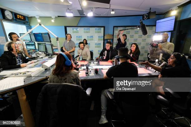 Elvis Duran interviews the cast of 'Jersey Shore Family Vacation' Vinny Guadagnino Paul 'Pauly D' DelVecchio Mike 'The Situation' Sorrentino Deena...