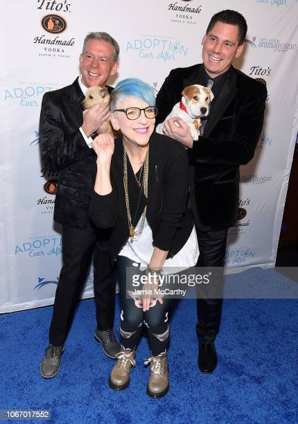 Elvis Duran Lisa Lampanelli and Alex Carr attend the North Shore Animal League America's Annual Celebrity Get Your Rescue On Gala at Pier Sixty at...