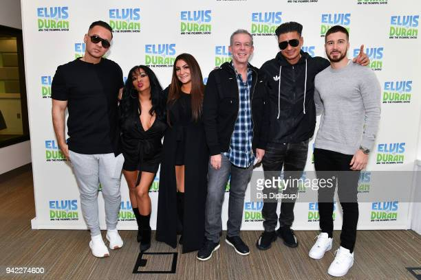 Elvis Duran poses with 'Jersey Shore Family Vacation' cast members Mike 'The Situation' Sorrentino Nicole 'Snooki' Polizzi Deena Nicole Cortese Paul...
