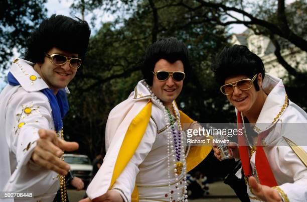 elvis impersonators at mardi gras - gras bildbanksfoton och bilder