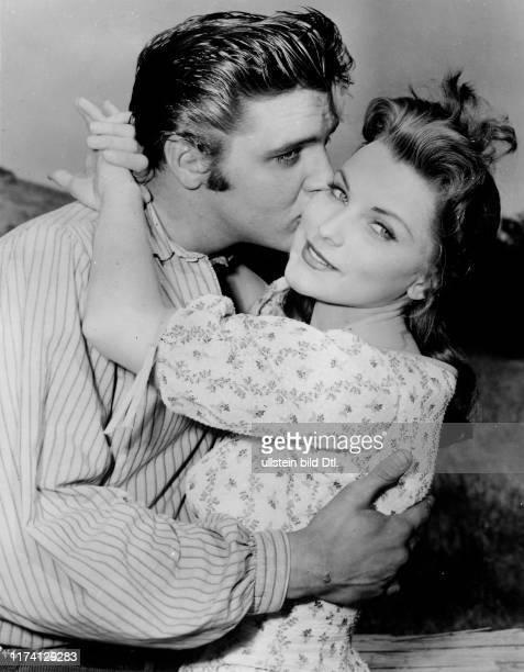 """Elvis Presley, Dolores Hart in """"Love me tender"""" 1956"""
