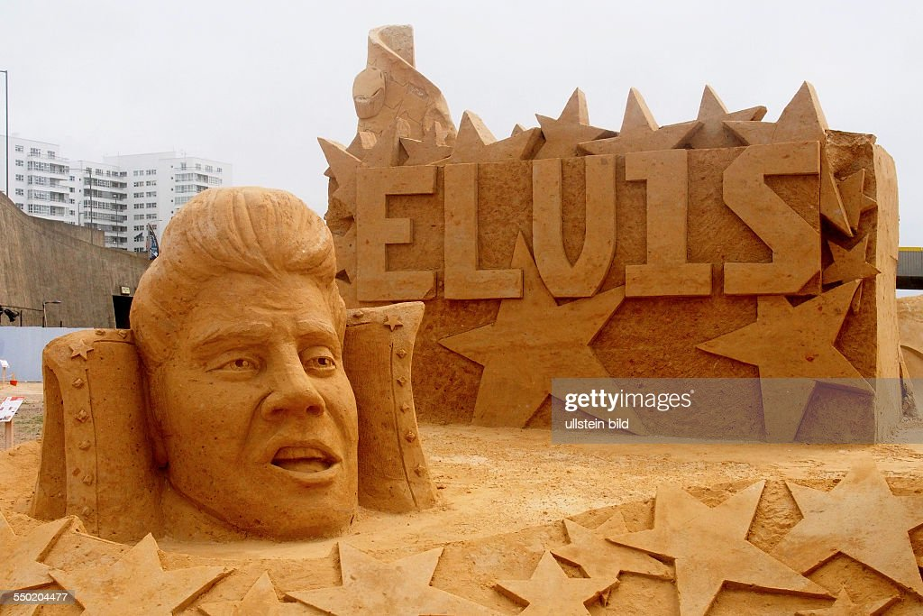 Elvis Presley, Sand Sculpture Festival with the theme MUSIC IN SAND, Brighton, East Sussex, England, UK, on