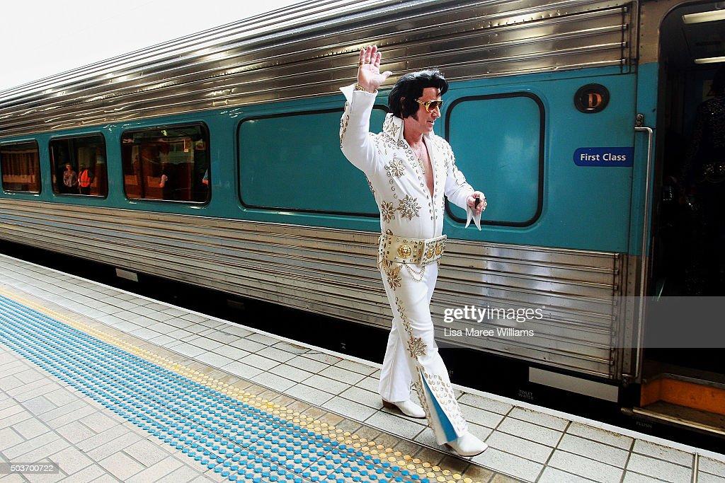 Train dating sydney — photo 12