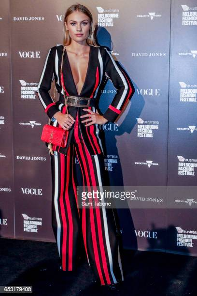 Elyse Knowles arrives ahead of the VAMFF 2017 Gala Runway show on March 14 2017 in Melbourne Australia