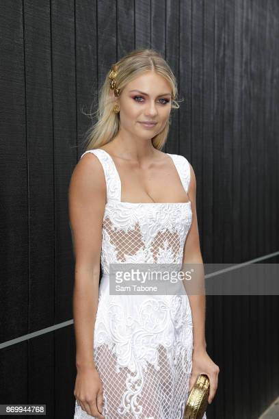 Elyse Knowles poses on Derby Day at Flemington Racecourse on November 4 2017 in Melbourne Australia