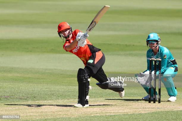 Elyse Villani of the Scorchers bats during the Women's Big Bash League match between the Brisbane Heat and the Perth Scorchers at Allan Border Field...