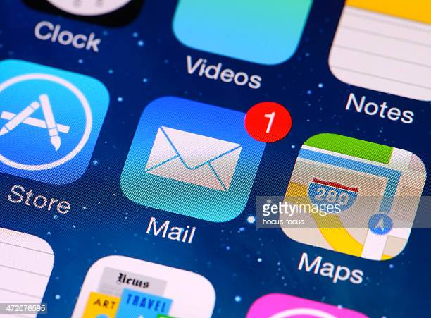 e-mail application on iphone 5 screen - e mail inbox stock pictures, royalty-free photos & images
