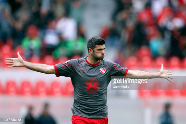 Emanuel Gigliotti of Independiente celebrates after scoring his team's first goal during a match between Independiente and Colon as part of Superliga...