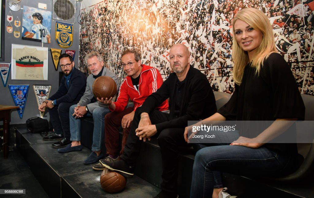 Emanuel Rotstein, Director Production HISTORY Germany, football legend Paul Breitner, host Wigald Boning, Andreas Weinek, Managing Director History and A+E Networks Germany and Sky-host Britta Hofmann attend the preview screening of the new documentaries 'Deutschland - Deine Fussballseele' and 'Magische WM-Momente - Tore, Traeume & Triumphe: 7 zu 1' as part of the TV event 'History of Football' by TV channel HISTORY at sports bar 'Stadion an der Schleissheimerstrasse' on May 15, 2018 in Munich, Germany.