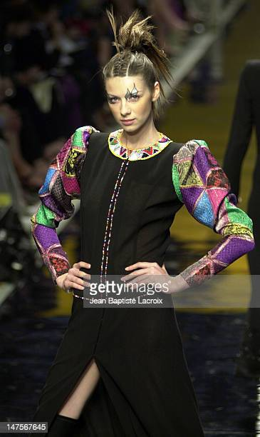 Emanuel Ungaro Haute Couture Collection 2002/2003