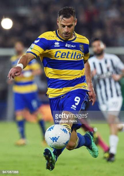 Emanuele Calaio' of Parma Calcio in action during the match between Ascoli Picchio and Parma Calcio at Stadio Cino e Lillo Del Duca on April 16 2018...