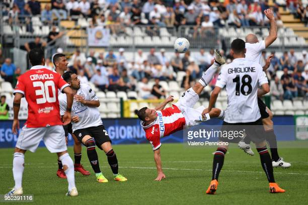 Emanuele Calaio of Parma Calcio in action during the serie B match between Pro Vercelli FC and Parma Calcio at Stadio Silvio Piola on April 28 2018...