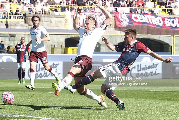 Emanuele Giaccherii of Bologna FC kicks towards the goal during the Serie A match between Bologna FC and Torino FC at Stadio Renato Dall'Ara on April...