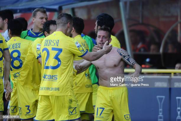 Emanuele Giaccherini of AC Chievo Verona celebrates after scoring a goal during the serie A match between Bologna FC and AC Chievo Verona at Stadio...