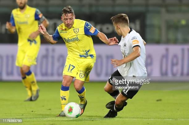 Emanuele Giaccherini of AC Chievo Verona in action during the Serie B match between AC Spezia and AC Chievo Verona at Stadio Alberto Picco on...