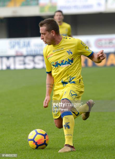 Emanuele Giaccherini of Chievo Verona in action during the serie A match between AC Chievo Verona and Genoa CFC at Stadio Marc'Antonio Bentegodi on...