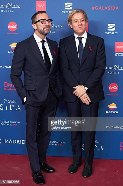 Embassador James Costos and husband designer Michael Smith attend 'Gala Sida' 2016 at Madrid City Hall on November 21, 2016 in Madrid, Spain.