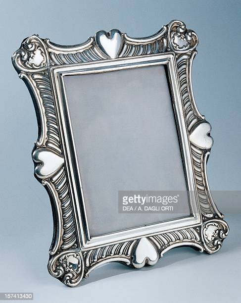 Embossed Victorian frame Birmingham 1899 silver 17x20 cm England 19th century