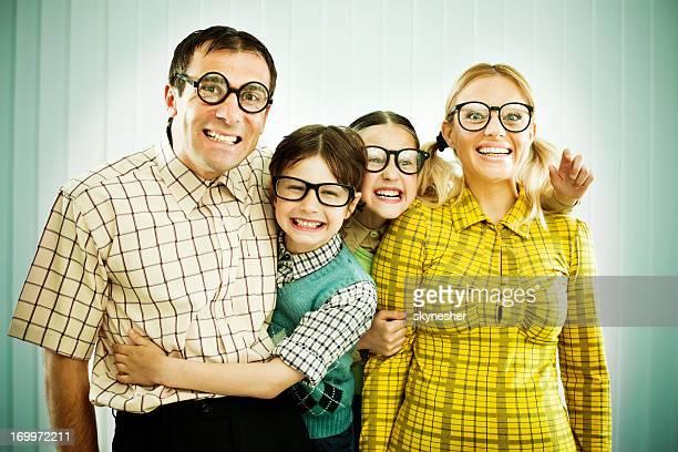 Selbstverständlich Uncool Familie Lächeln in die Kamera