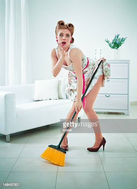 Embrassing retro housewife