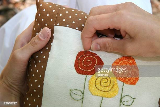 stickerei - aplique arte de la costura fotografías e imágenes de stock
