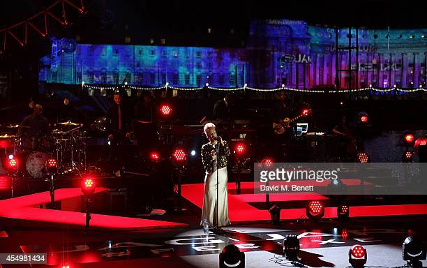 Emeli Sande performs a song she has created to celebrate the launch of the new Jaguar XE sports saloon The special performance took place on the...