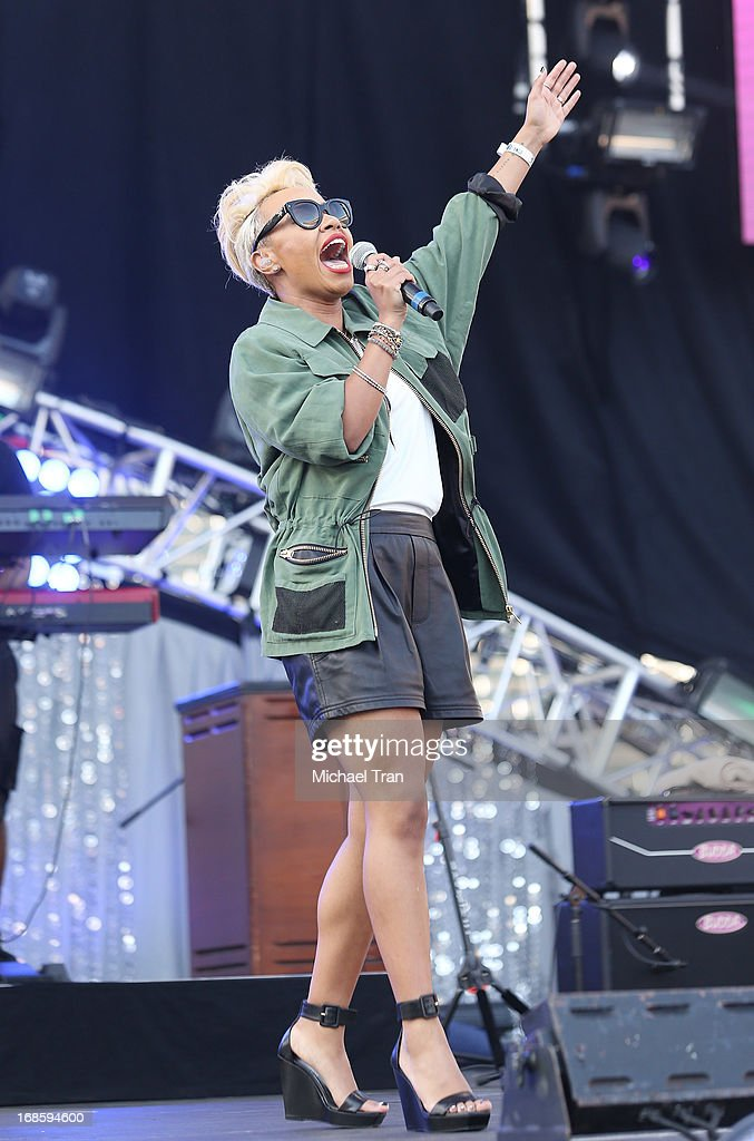 Emeli Sande performs onstage during the 2013 KIIS FM's Wango Tango held at The Home Depot Center on May 11, 2013 in Carson, California.