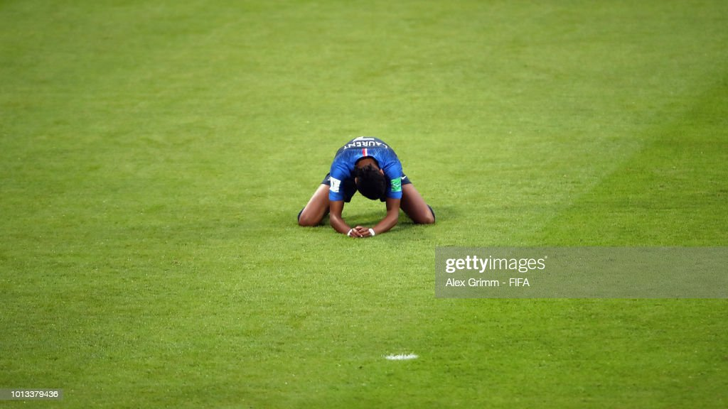Emelyne Laurent of France reacts after missing a chance to score during the FIFA U-20 Women's World Cup France 2018 group A match between France and New Zealand at Stade de la Rabine on August 8, 2018 in Vannes, France.