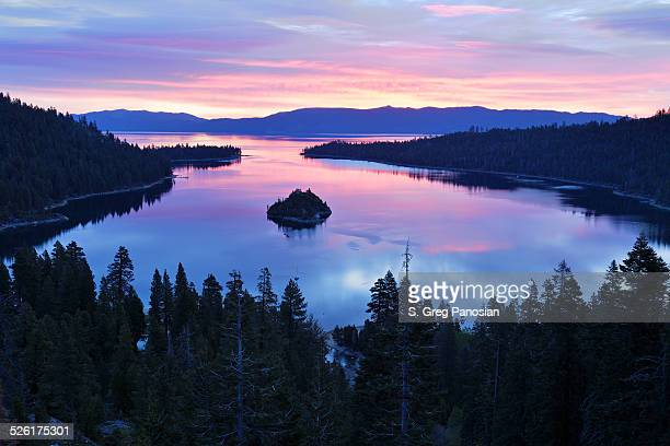 emerald bay - lake tahoe - lake tahoe stock photos and pictures