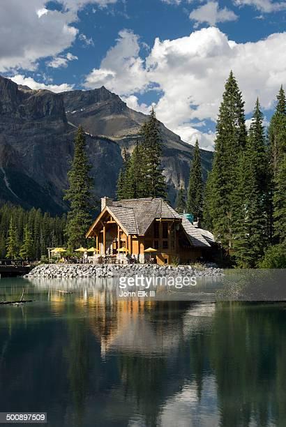 Emerald Lake, lodge