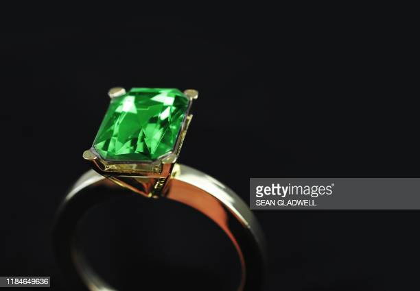 emerald ring - emerald gemstone stock pictures, royalty-free photos & images