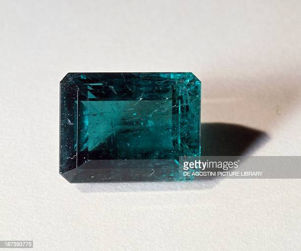 Emerald silicate variety of Beryl cut in Emerald shape from Colombia