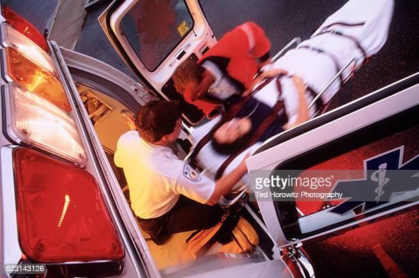 emergency medical services - unfall und katastrophe stock-fotos und bilder