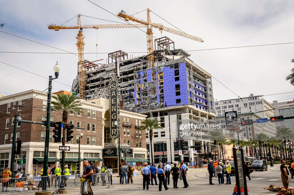 US-HOTEL-CONSTRUCTION-ACCIDENT : News Photo