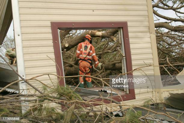 emergency repair - emergencies and disasters stock pictures, royalty-free photos & images