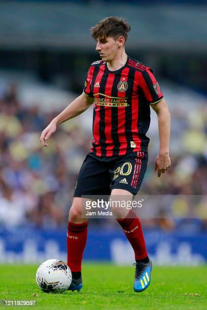 Emerson Hyndman of Atlanta United drives the ball during a quarter final first leg match between Club America and Atlanta United as part of CONCACAF...